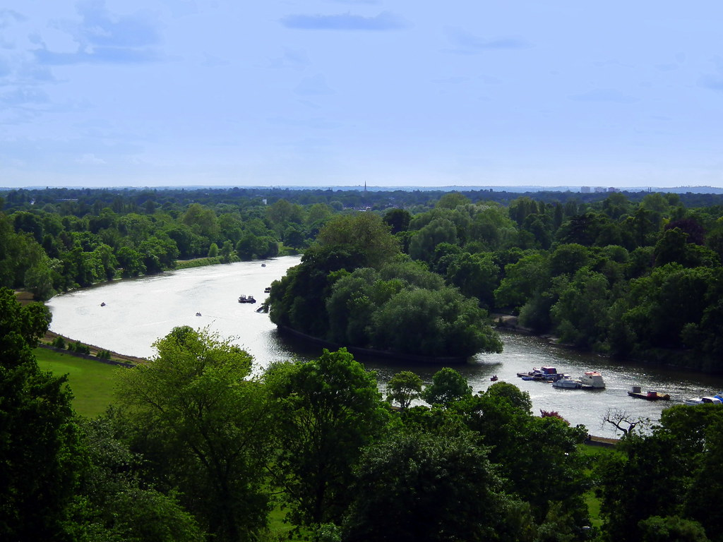 Image of the view from Richmond Hill, London related to story