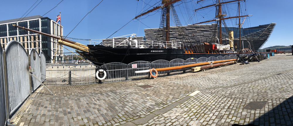 ship at discovery point dundee