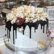 #cutter&squidge #celebration-cake #popcorn-cake #sweet-treat #london-cake-shops