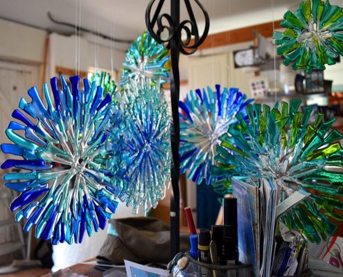 Glass pinwheels, Oriel Hicks, Scilly Glass