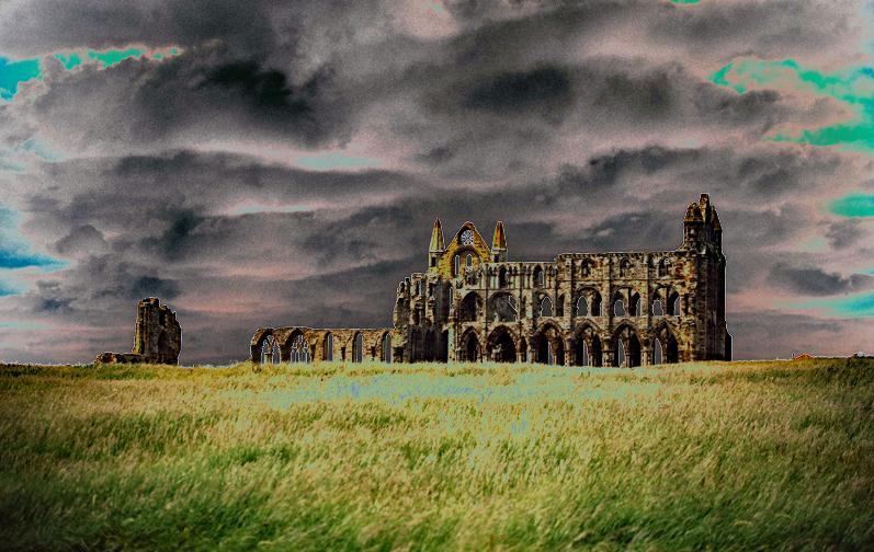 whitby Abbey, DRacula, Halloween, England