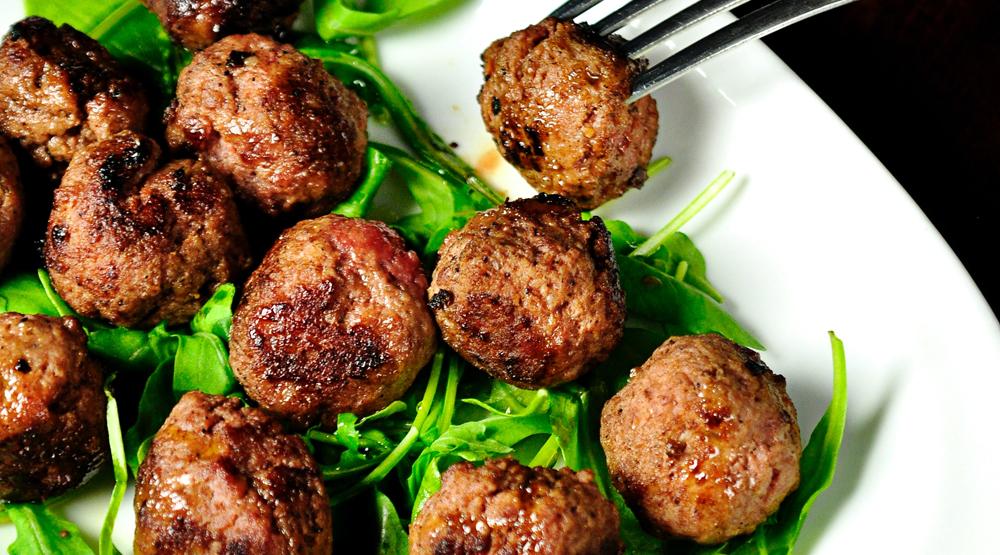Greek meatballs, meze, santorini recipes, Greece, foodie recipes, travellers recipes