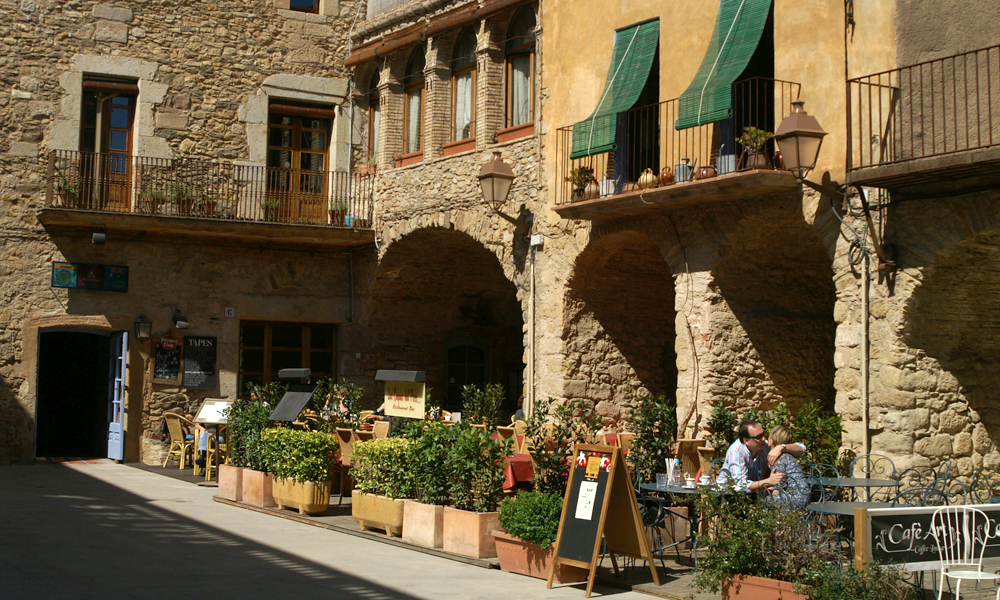 Cafe. Peratallada, Catalonia, Catalunya, Spain
